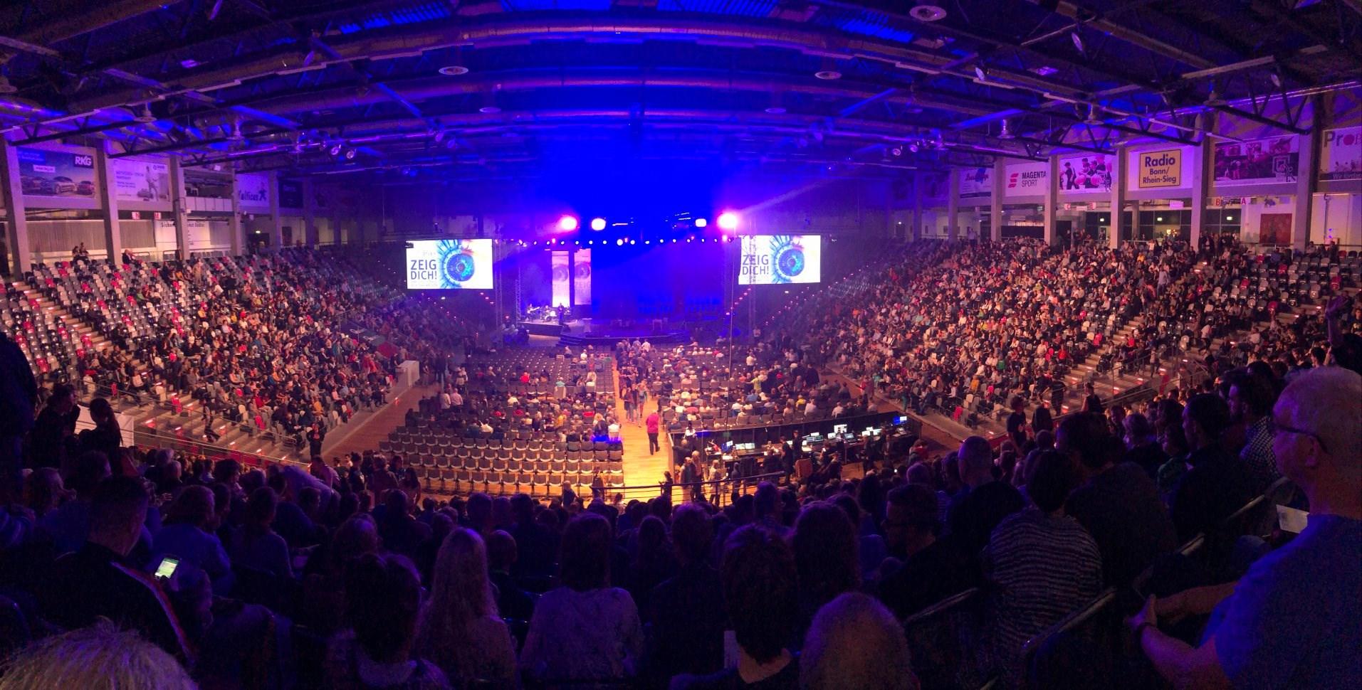 5.000 Zuschauer im Telekom Dome